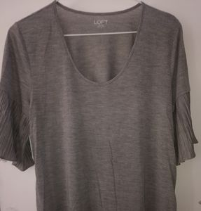 Loft Grey Short Bell Sleeves Top Sz M